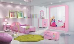 Quarto-Barbie-1